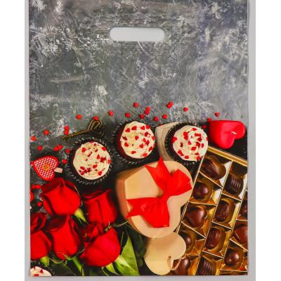 """Полиэтиленовый пакет """"Конфеты и цветы"""" - 31 х 40 см."""