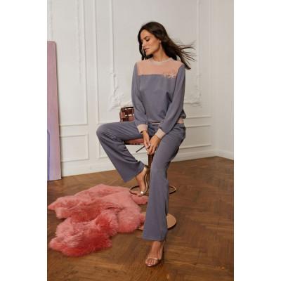 Элегантные брюки на плоской резинке